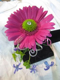 Prom Corsage, Boutonniere, Flowers to Wear, Special Occasions