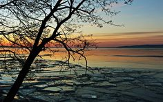 Lake Balaton at Fonyód, Hungary Photo: Harmath Bea Hungary, Budapest, Bugs, Celestial, Sunset, Beach, Frozen, Outdoor, Sunsets