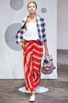 Daniela Gregis 2014 - Love the mix of stripes and plaid.