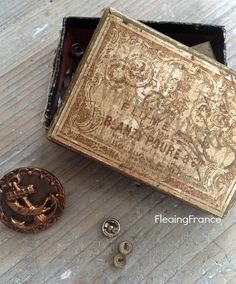 FleaingFrance....Vintage Blanzy Poure Nib Box and Sewing Bits