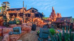 Encounter the abandoned town of Tumbleweed just the way the townspeople left it—in a hurry!