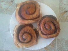 Puha kakaós csiga Sausage, Muffin, Cookies, Meat, Breakfast, Food, Breakfast Cafe, Muffins, Biscuits