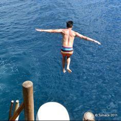Cliff jumping at Ariel's point Boracay!! Adrenalin rush :)