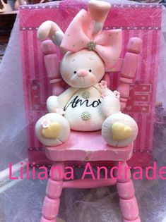 New Ideas Cake Fondant Bear Fimo Sculpey Clay, Polymer Clay Projects, Polymer Clay Creations, Polymer Clay Art, Clay Crafts, Diy And Crafts, Spring Projects, Projects To Try, Clay Bear
