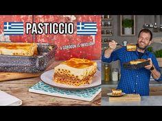 A görögök egyik kedvenc kajája a pasticcio: rengeteg tészta, rengeteg hús és rengeteg besamel. Kell még bármi más? Nekünk tuti, hogy nem! Waffles, Youtube, Beverages, Breakfast, Food, Morning Coffee, Essen, Waffle, Meals