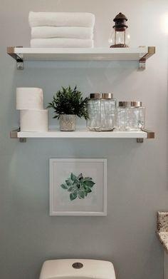 Easy DIY Bathroom Shelves for Storage Solution Shelves .- Easy DIY Bathroom Shelves for Storage Solution . Bad Styling, Diy Regal, Bathroom Storage Shelves, Bathroom Organization, White Bathroom Shelves, Bathroom Shelves Over Toilet, Toilet Storage, Small Storage Shelves, Toilet Shelves