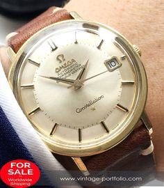 - Automatic Movement with Center Second - Gold Plated Case displaying the Constellation Logo on the back - 36 mm diameter (w/o crown) - Years of Construction: 1966 1967 1968 Old Watches, Vintage Watches, Watches For Men, Omega Constellation Automatic, Movement Words, Omega Geneve, Pie Pan, Vintage Omega, Automatic Watch