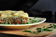 Vegetarian Mushroom Shepherd's Pie |  This dish is an absolutely must-try for all of you vegans/vegetarians who sometimes miss the taste of meat. @gourmandelle