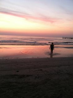 """""""Watching the sunrise BlogVille style ;)"""" by @poohstraveler"""