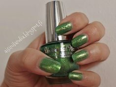 Swatch & Review: Universal Nails - 60