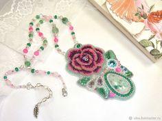 #jewelry #handmade #pendant #beaded #rose Handmade beaded pendant with rose. Beaded jewelry by Ulyana Moldovyan