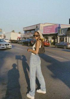 kylie jenner makeup looks ruby edmondson ruby edmondson // outfit style clothes gram insta ig po Vintage Outfits, Retro Outfits, 80s Style Outfits, Tomboy Outfits, Vintage Fashion, Aesthetic Fashion, Aesthetic Clothes, Aesthetic Outfit, Beach Aesthetic