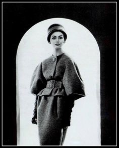 Katherine Pastrie in grey wool suit by Nina Ricci (Crahay), photo by Georges Saad, 1959