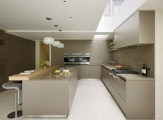 bulthaup by Kitchen Architecture 'Modern family living' case study