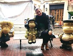 - e no banco da praça....  . #Mafalda #praca #buenosaires #turistando by stephanie_porthun