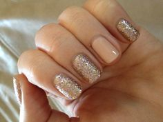 Sally Hansen Gem Crush in Big Money and accent nail is Sally Hansen Complete Salon  Manicure in Peachy Keen