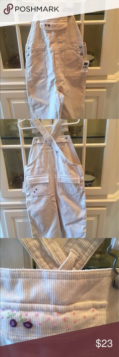 Children's Gap overalls 4 years old Very adorable off white overalls with some embroidered flower decorations. 92%cotton and 8% polyester. GAP Other
