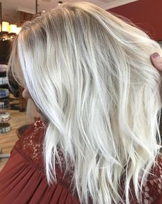 Brunette Balayage for Thick Hair - 50 Cute Long Layered Haircuts with Bangs 2019 - The Trending Hairstyle Ice Blonde Hair, Icy Blonde, Platinum Blonde Hair, Hair Color Guide, Blonde Moments, Long Layered Haircuts, Hair Color And Cut, Relaxed Hair, Gorgeous Hair