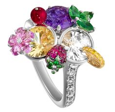 Piaget  Cocktail  Ring.  Photo courtesy of Piaget.
