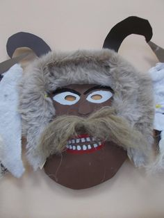 Central Europe, Diy Mask, Art School, Techno, Art For Kids, Diy And Crafts, Costumes, Masks, Art For Toddlers