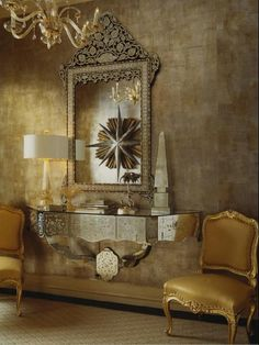 gold-foyer-wallaper-metallic-decor-ideas-gilver