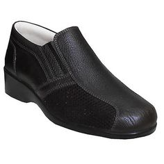 Clogs, Slip On, Sneakers, Fashion, Clog Sandals, Tennis, Moda, Slippers, Fashion Styles