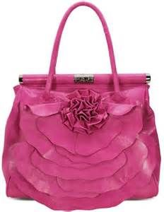Designer name products for men and women including shoes, ties, handbags etc.for more information visit here: http://www.lulubags.co.uk/