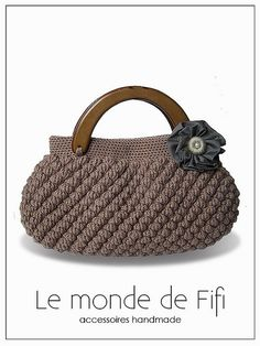 sophisticated crochet bag. In love with bobbles