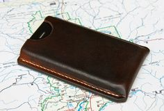 http://ianatkinson.net/leather/videos.htm If you have found the collection of leatherwork videos helpful and would like to send me a small donation there are...