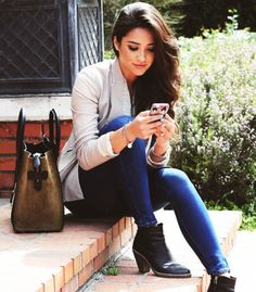 """Open) Stevey sat on the steps of the school building with a sigh. Her sister had taken the car and drove it who knows where leaving her to fend for herself. Stevey wasnt about to walk miles in heels. Instead, the brunett sits back and texts you, """"hey"""""""