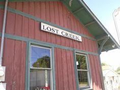 9. Lost Creek, Population 491