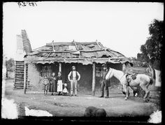 Wattle and daub hut with bark roof, Hill End, Old Pictures, Old Photos, Wattle And Daub, Colonial Cottage, Australian Bush, Snowy Mountains, Blue Mountain, Western Australia, Aussies