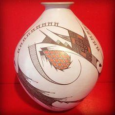 #mataortiz #mataortizpottery #paquimegallery #mauroquezada #clay #ceramics #loscabos #sanjosedelcabo #cabo #cabosanlucas #art #contemporaryart por paquimegallery en Instagram http://ift.tt/1IyWd6d #navitips