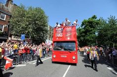 Pictures: FA Cup victory parade | News Archive | News | Arsenal.com