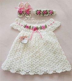 Poncho Au Crochet, Crochet Baby Dress Pattern, Baby Dress Patterns, Baby Girl Crochet, Crochet Baby Clothes, Baby Knitting Patterns, Crochet For Kids, Crochet Patterns, Free Crochet