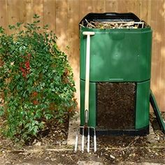 Composting Bins on the Market - Organic Gardening - MOTHER EARTH NEWS