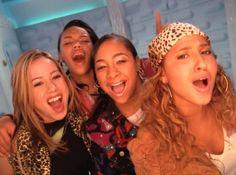 Disney Channel Stars, Disney Stars, Les Cheetah Girls, Old Disney, Best Friend Goals, Girl Wallpaper, Girl Pictures, Girl Power, Hair Clips