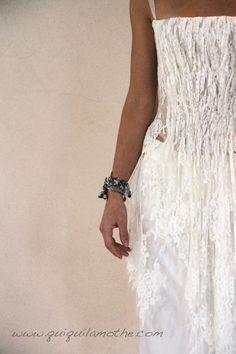 1000 images about robes de mari es bustier transparent strapless wedding dress transparent on. Black Bedroom Furniture Sets. Home Design Ideas