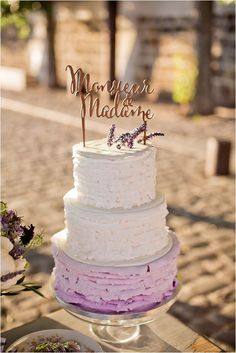 lavender and white wedding cake | Image by Flora Chevalier Photographie