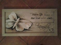 Vlinder met tekst op hout