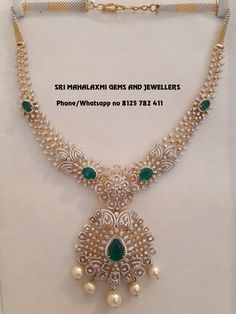 Gold Jewellery Design, Gold Jewelry, Diamond Jewelry, Gold Necklaces, Diamond Necklace Set, Indian Diamond Necklace, Diamond Pendant, Bridal Jewelry, Necklace Designs