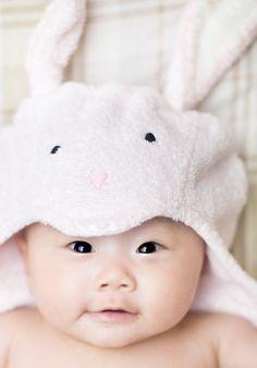 SOOO CUTE asian baby bunny:)