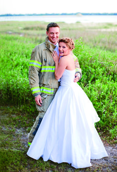 Looking for some wedding hairstyle inspiration? The brides from these real weddings had some seriously gorgeous wedding hair! See our favorite looks. Bhldn Wedding Gowns, Wedding Dresses, Firefighter Wedding, Natural Wedding Makeup, Bridal Makeup, Groom Poses, Wedding Pictures, Wedding Ideas, Firefighters