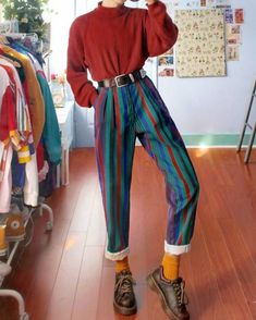 Fashion Dark Vertical Stripes Straight Trousers - Informations About Fashion Dark Vertical Stripes Straight Trousers Pin You can easily use my profil - Mode Outfits, Retro Outfits, Grunge Outfits, Vintage Outfits, Vintage Fashion, Hipster Outfits, 80s Style Outfits, Dress Vintage, 80s Inspired Outfits