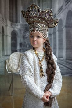 Russian girl in traditional headdress Teen Models, Young Models, Child Models, Precious Children, Beautiful Children, Beautiful Babies, Russian Beauty, Russian Fashion, Russian Style
