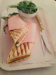 Kalkoen pesto gegrilde groentjes mozzarella 8 p voor 1 kl broodje