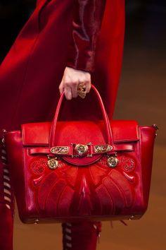 feebebff5fc versace-details-autumn-fall-winter-2014-mfw Versace Bag