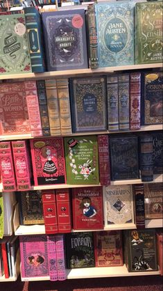 OMG! I have been wanting to have these Barnes and Noble classic editions for a long time!😍😍😍
