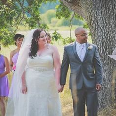 This bride, who proved that a belted waist can change everything: | 26 Curvy Brides Who Nailed The Wedding Dress Game