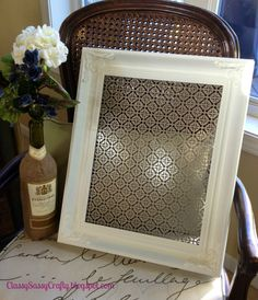 A Splash of Sparkle: the Class, Sass & Crafts of a University Girl: DIY Projects! - Earring Holder with frame and decorative aluminum sheet - could use mesh, chicken wire, lace, etc. Jewelry Cabinet, Jewelry Tray, Jewellery Storage, Jewelry Organization, Jewelry Shop, Organization Ideas, Diy Jewelry, Vintage Jewelry, Fashion Jewelry